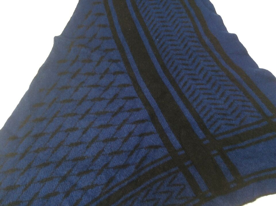 Tørklæde, Lala berlin, str. Str m