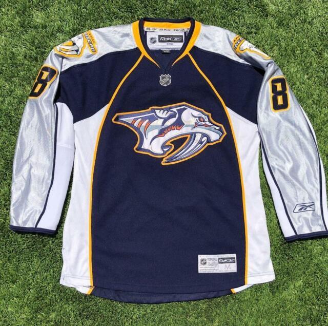 EUC Mens Blue Reebok CCM Nashville Predators Wolfe STITCHED NHL Hockey Jersey M
