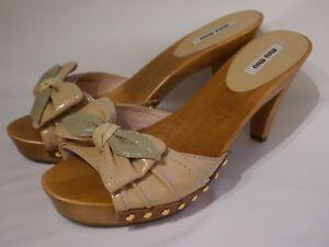 Sandalen Leder Neu Clogs Lack Nieten Holz Beige 40 Miu Pumps Sandaletten SIqOwT88