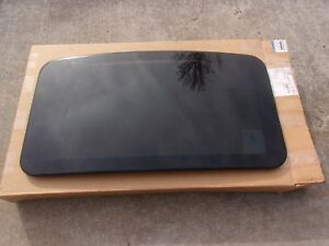 New-Genuine-Mopar-2005-2010-Charger-300-Magnum-Sunroof-Moon-roof-Glass