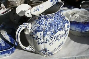 Large-Royal-Doulton-Warwick-Pitcher-Blue-10-inches-tall