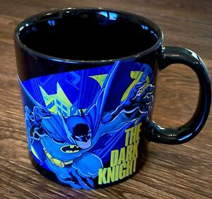 DC-Comics-The-Dark-Knight-Oversized-Batman-20oz-Coffee-Mug-Cup