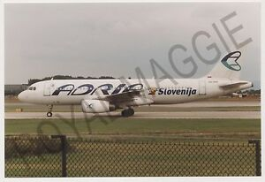 Colour-print-of-Adria-Airways-Airbus-A320-S5-AAC-at-Manchester-in-1999
