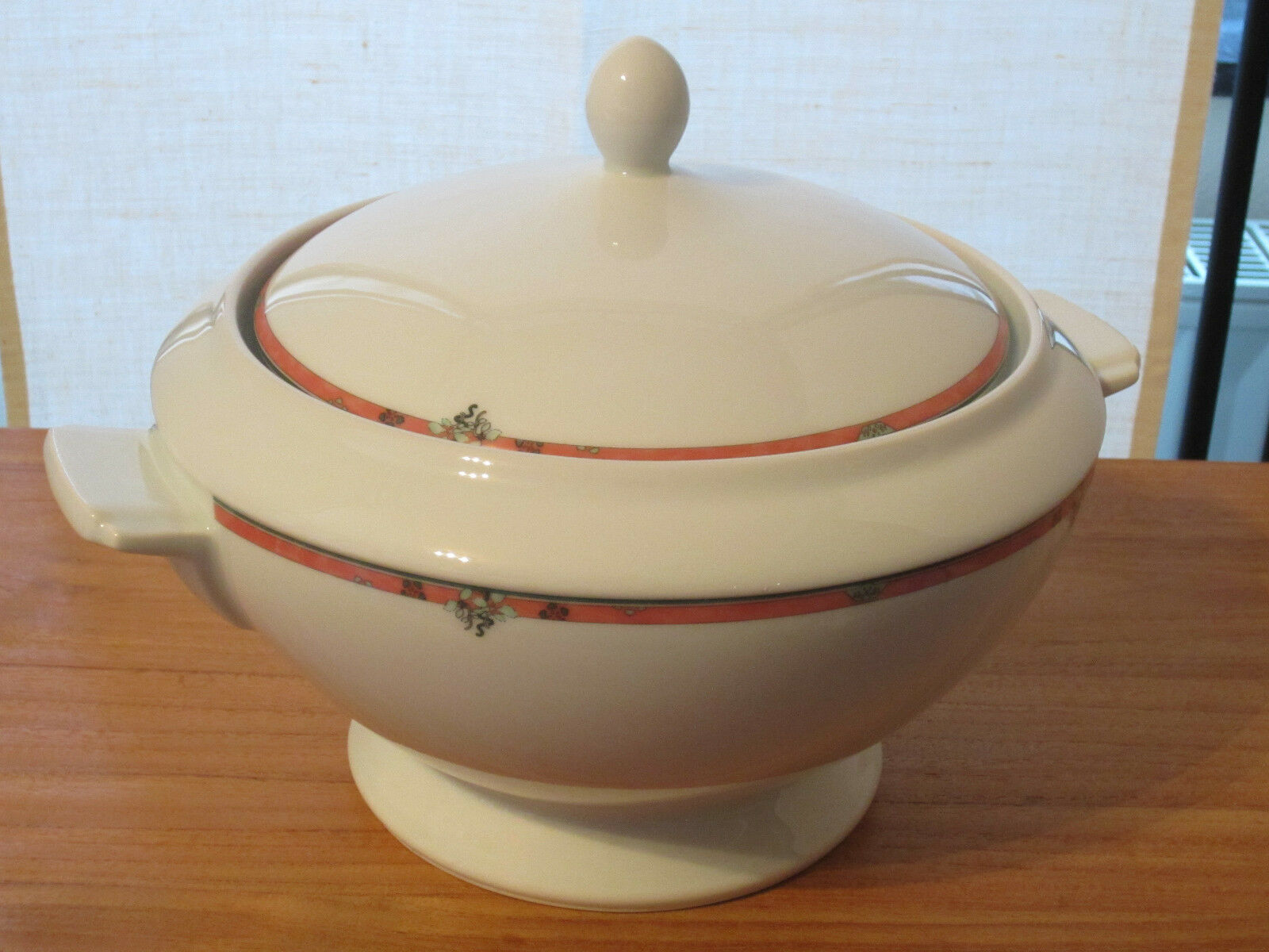 PORCELAINE CNP NEW OXFORD EMILIE Soupière Tureen