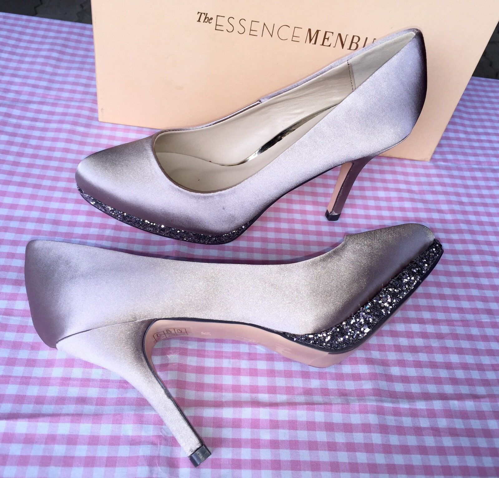 Pumps, Stilettos satin, Gr. 38,  taupe, satin, Stilettos Essence Menbur, gold, Glitzer, Schuhe 855eb6