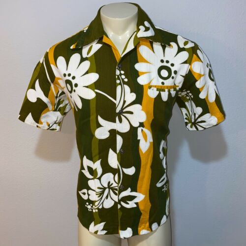 Vtg 50s 60s CASUAL AIRE Hawaiian Shirt Reef OUTRIG