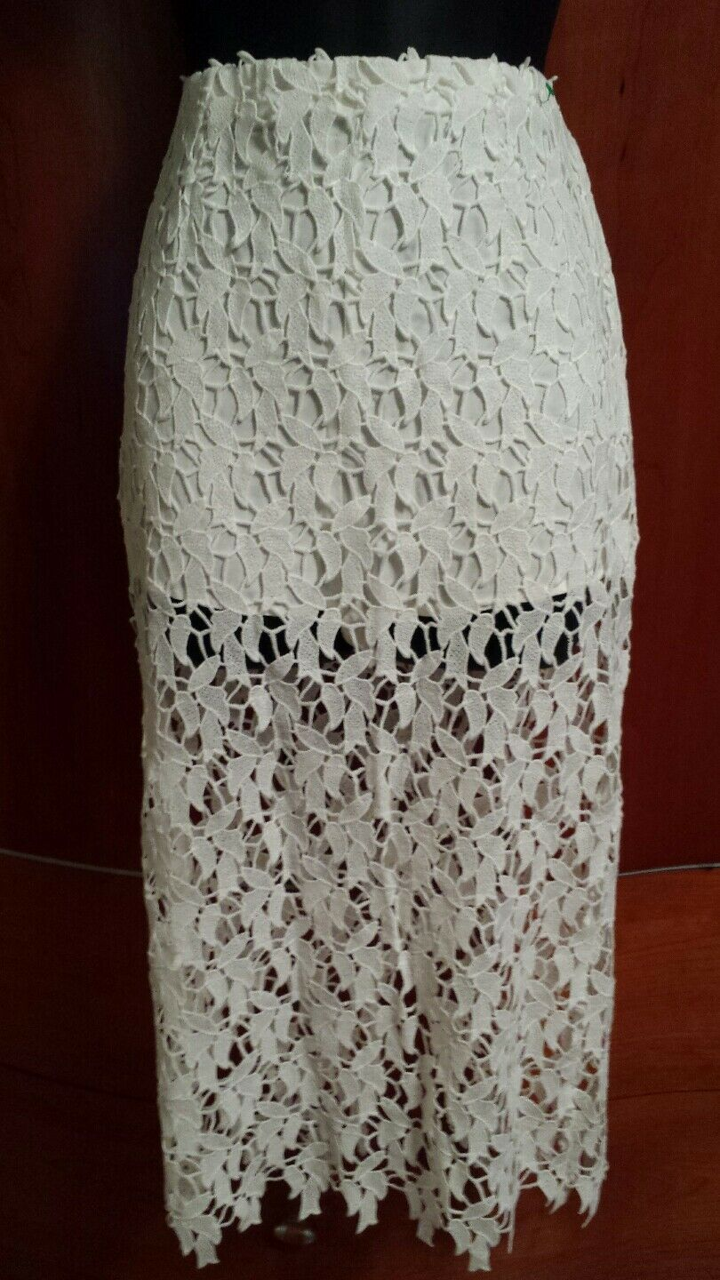 NWT Mustard Seed White Lace Pencil Skirt w  Shorts attached Size M