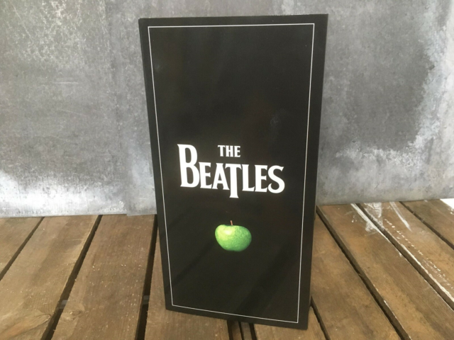 The Beatles: Beatles in stereo, Bokssæt, rock, Utroligt…