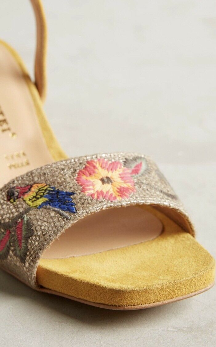 NEW Anthropologie Embroidered Yellow Suede Heels Sandals Sandals Sandals Size 38 Bird Floral f5a1a1