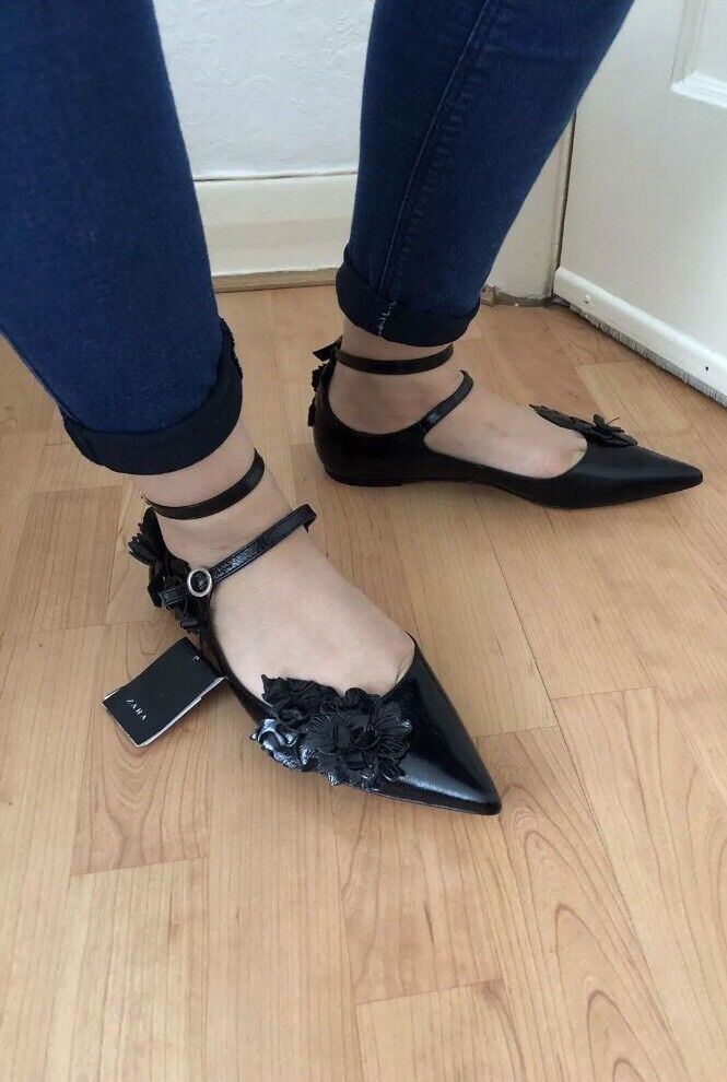 ZARA BLACK LEATHER POINT TOE BALLERINA FLATS WITH FLORAL DETAILS