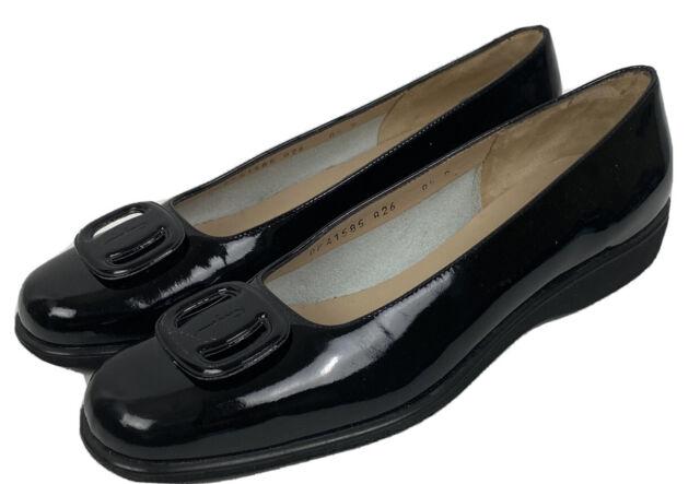 Mint! Salvatore Ferragamo Boutique Flats Black Patent Leather Loafers Buckle 8.5