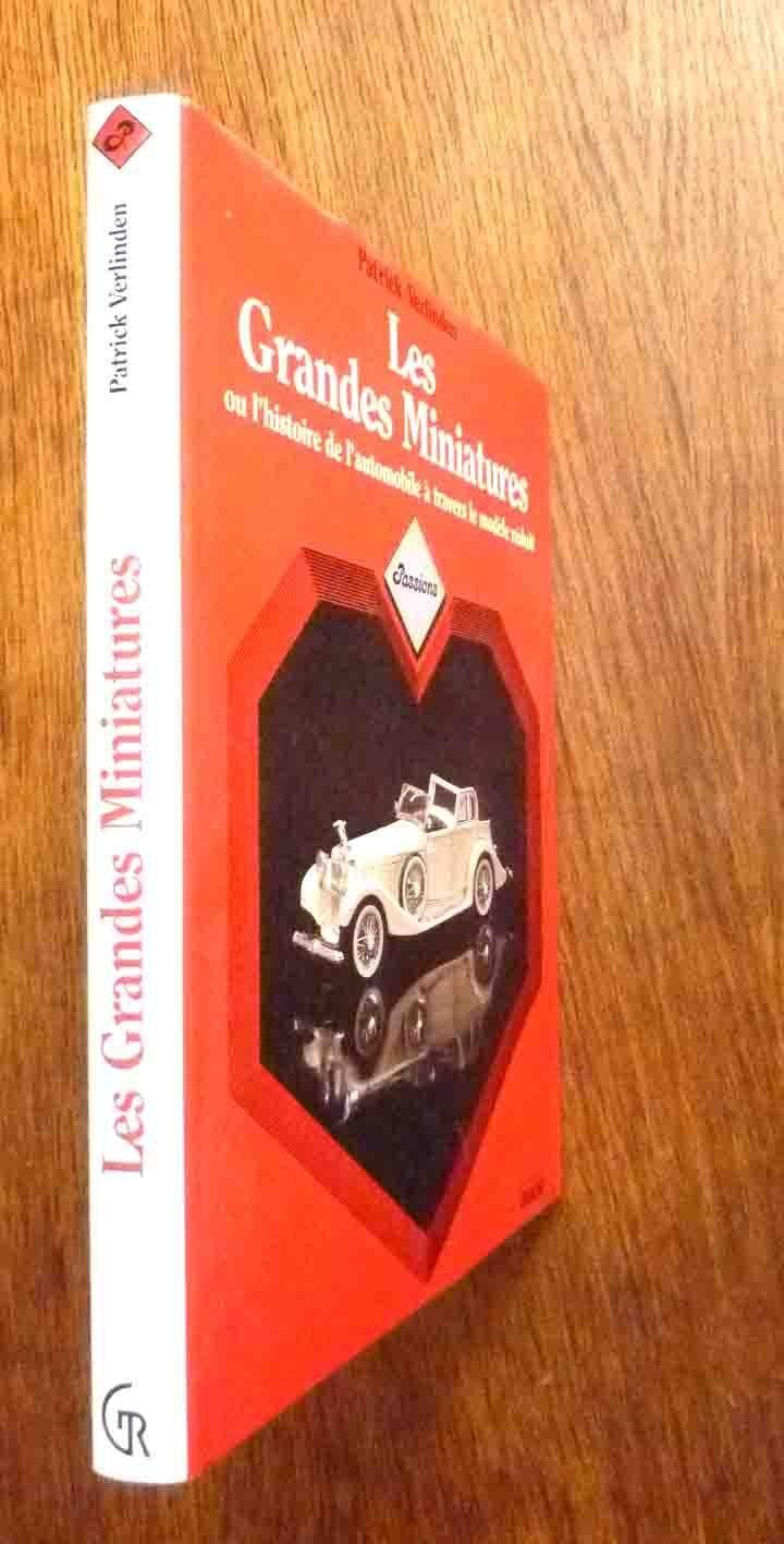 Autos miniatures L'HISTOIRE DE L'AUTOMOBILE  A TRAVERS LE MODELE rougeUIT