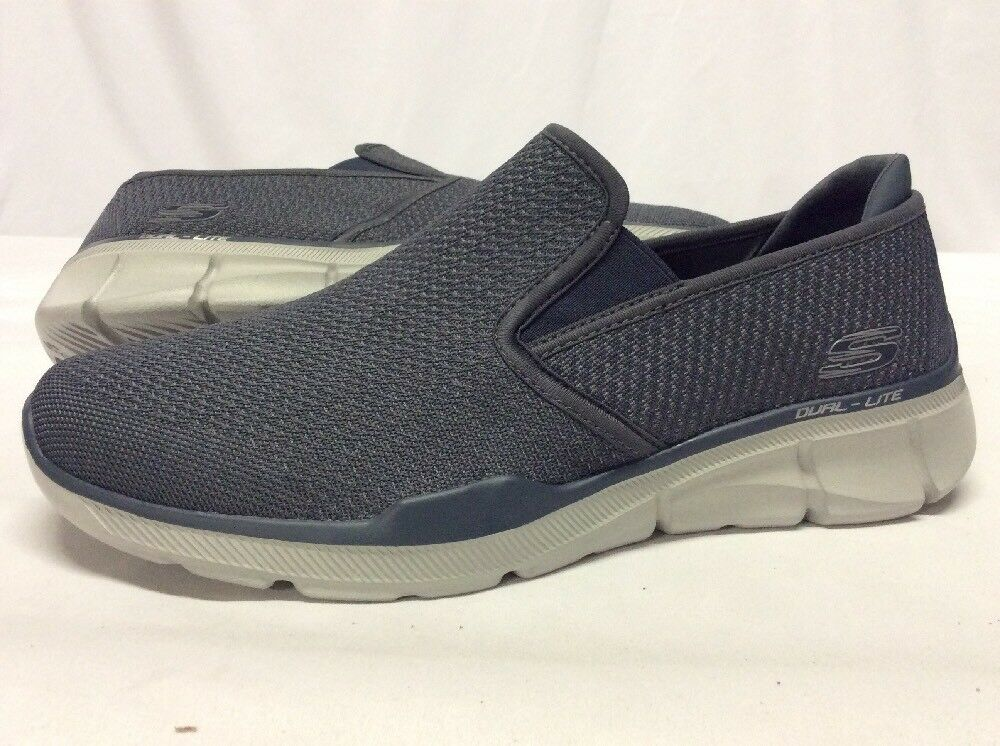 Skechers Relaxed Fit MF thletics Chaussures homme, gris taille 9... S36