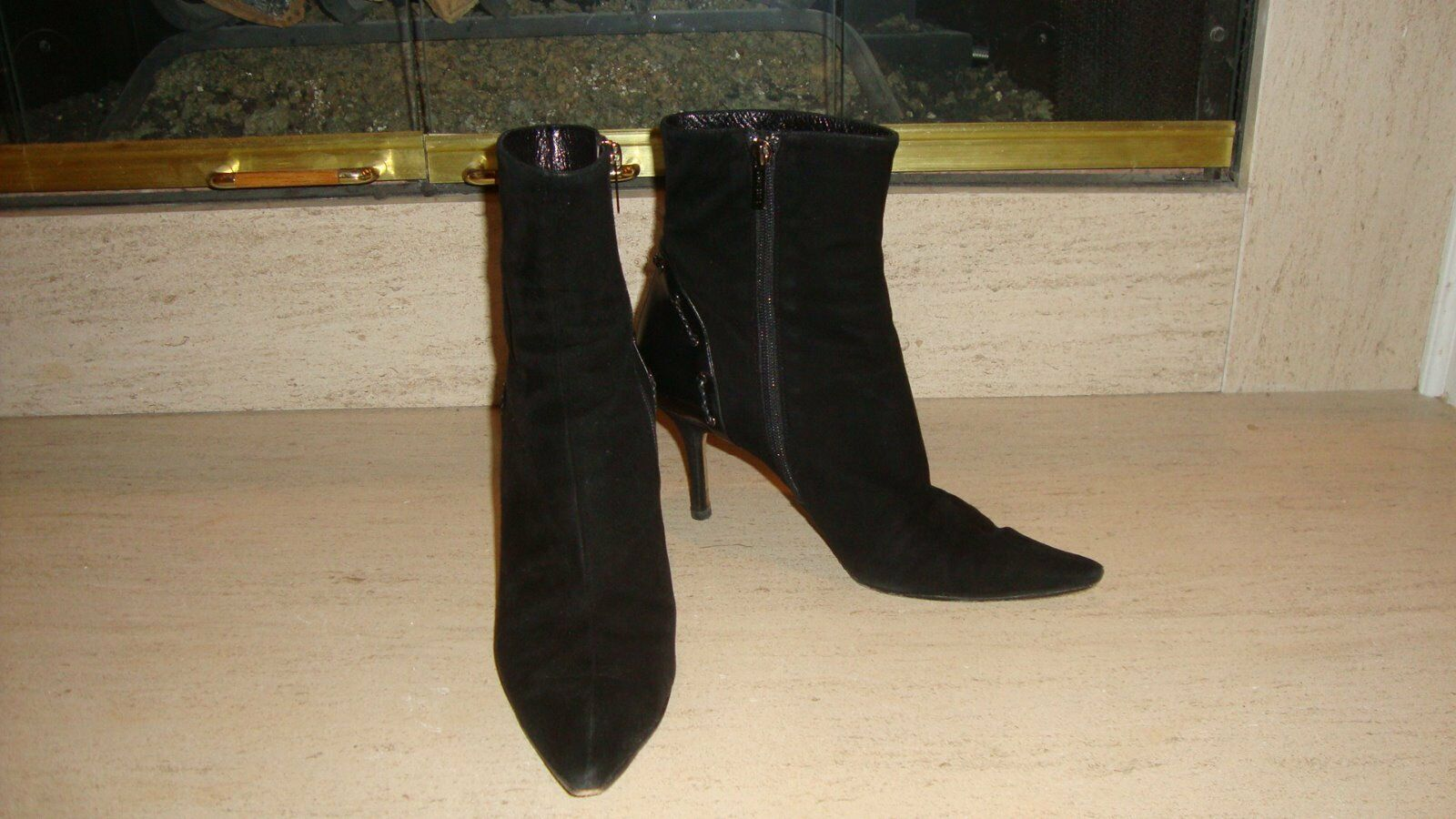 STYLISH JIMMY CHOO BLACK BLACK BLACK SUEDE ANKLE BOOTS WITH LEATHER DETAILING ON HEELS 3bf636