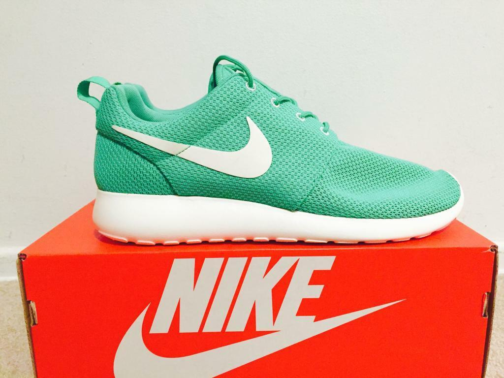 Nike rosherun gamma green jordan sb air force schiacciare noi 11