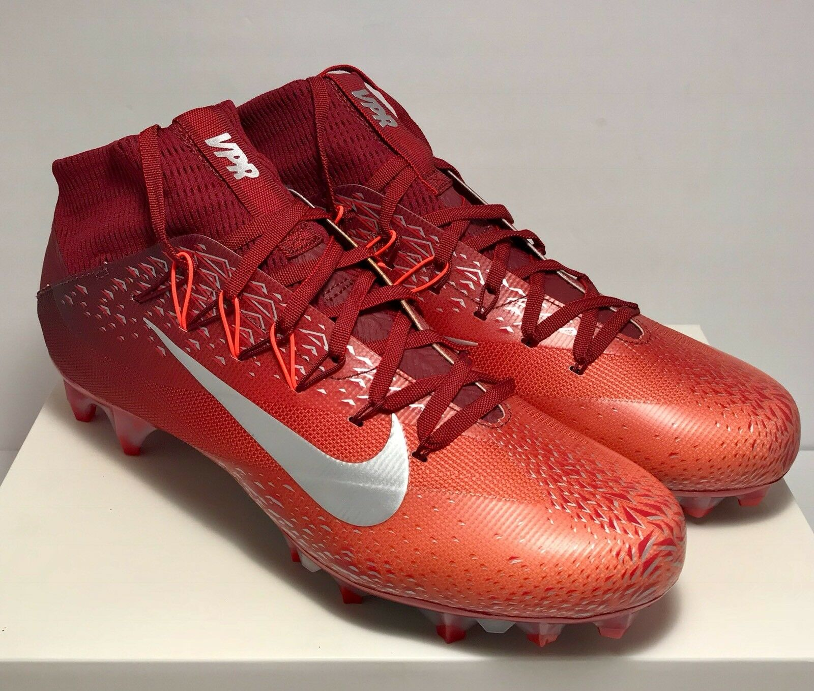 Nike Mens Size 12 Untouchable 2 Shattered Red Platinum Football Cleats  200