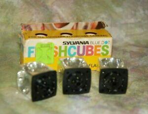 Vintage Sylvania  FLASHCUBES Flash Cubes UNUSED 3 Blue Dot 12 Flashes