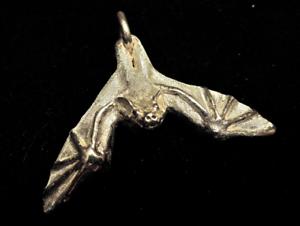 Sterling-Silver-Gunther-Grant-BAT-pendant-WOW-batman-a
