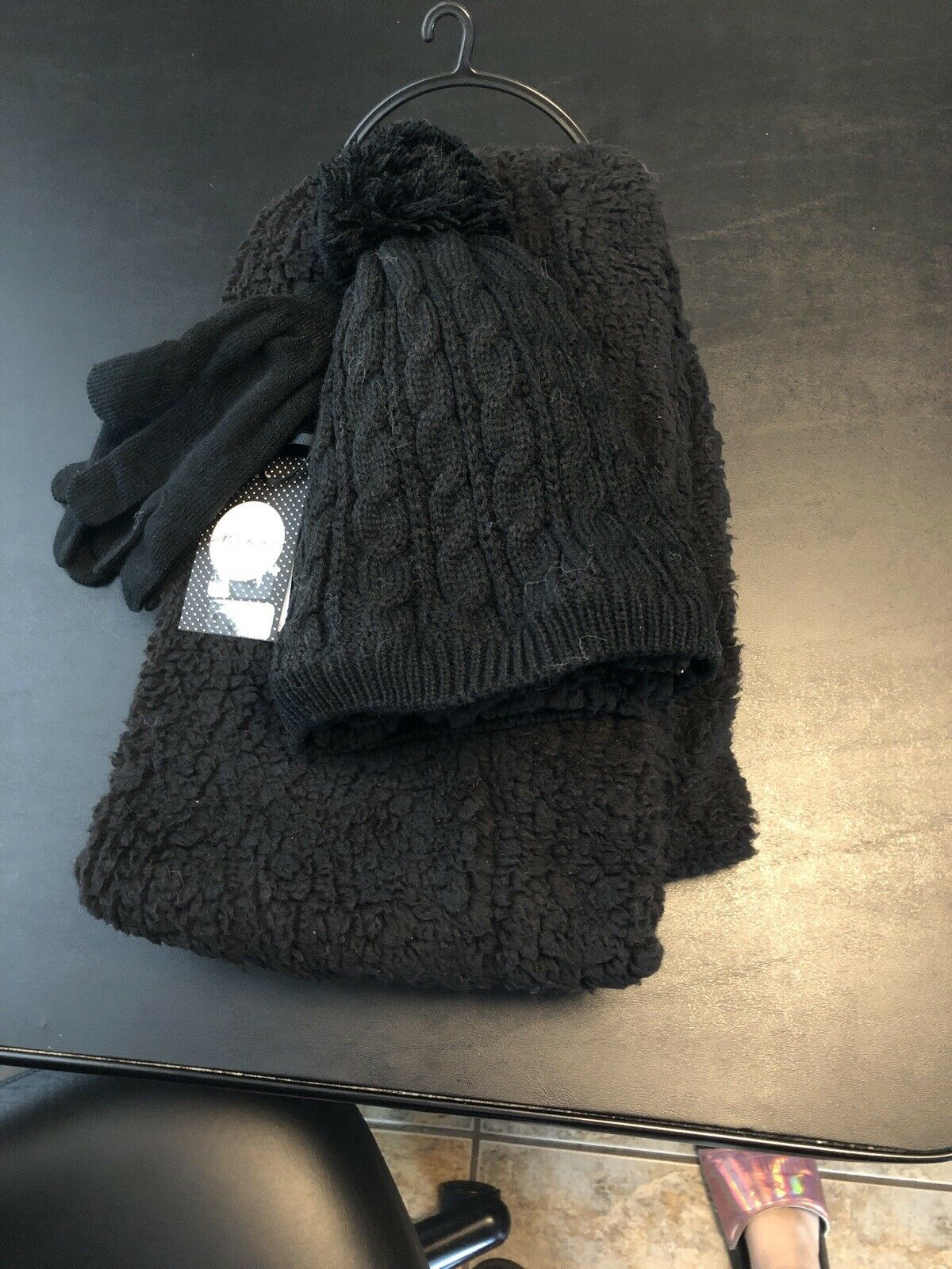 NWT Scarf Hat And Glove Set Black Fleece Lined