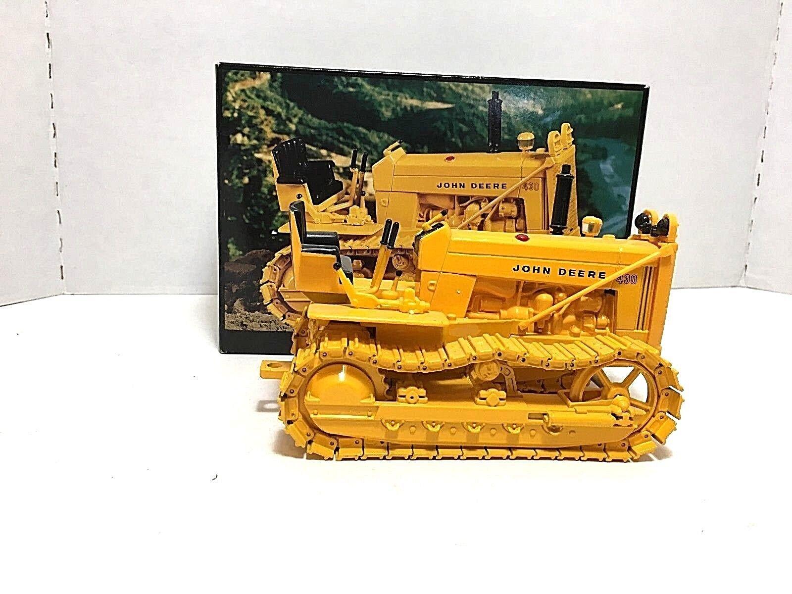 1997 ERTL  JOHN DEERE 430 CRAWLER  Die-cast métal échelle 1 16