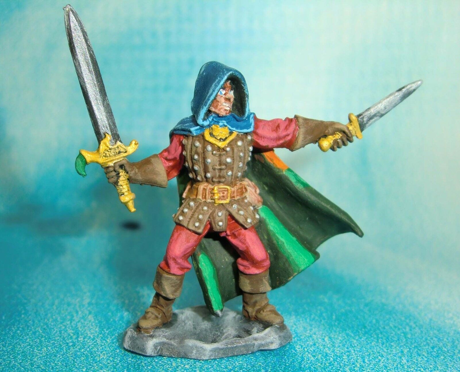 Dungeons & Dragons Miniature  Karl Ranger Fighter Hand Painted     s113