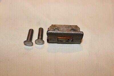 1962-81 GM Car /& Truck Clutch Bellcrank Pivot Seat /& Clip Set