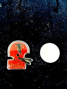 Coca-Cola-and-Atlanta-Falcons-Metal-Helmet-Pin-1985-NFL-Licensed-NEVER-WORN