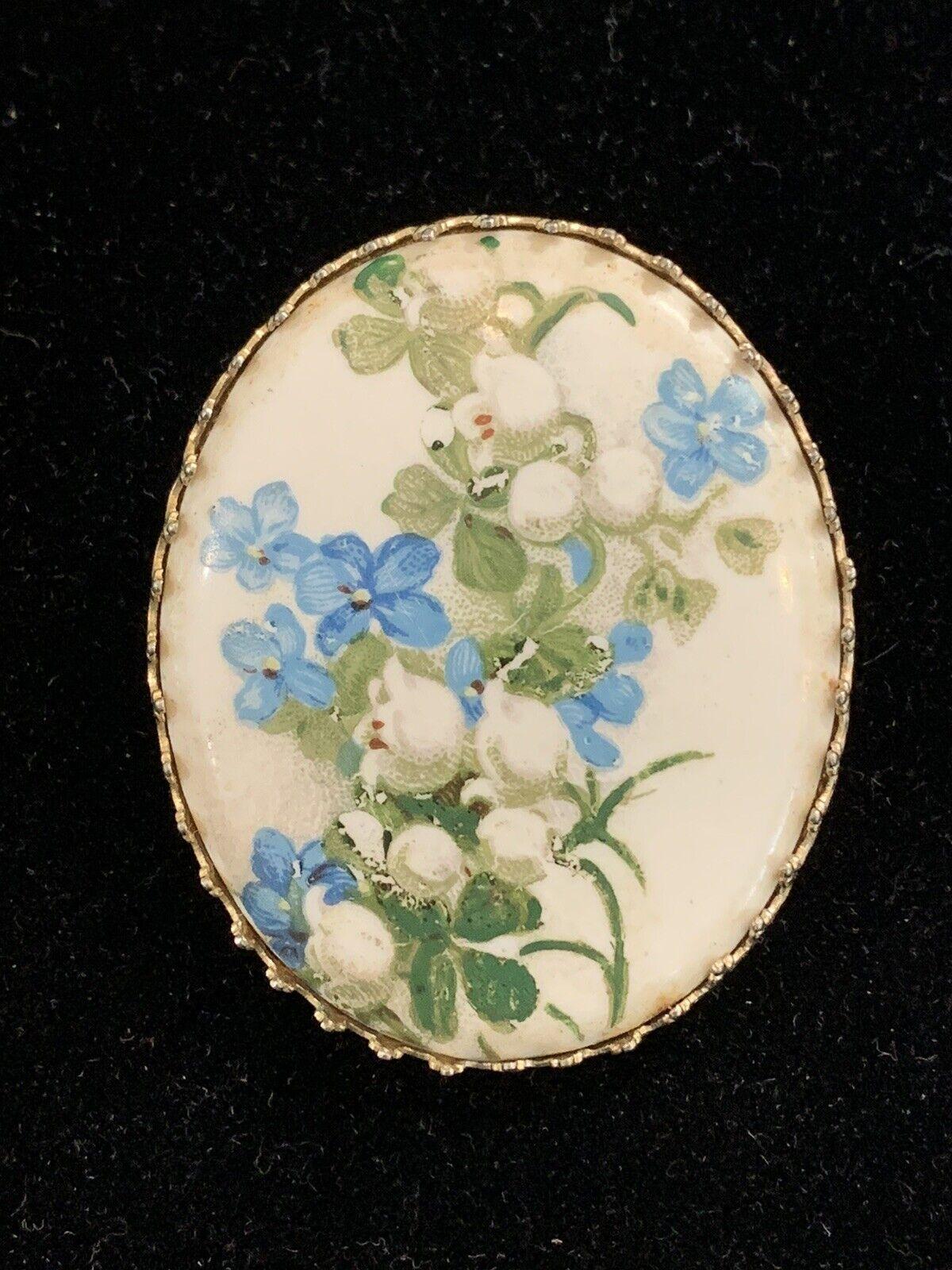Vintage Hand Painted Porcelain Flower Brooch Oval… - image 3