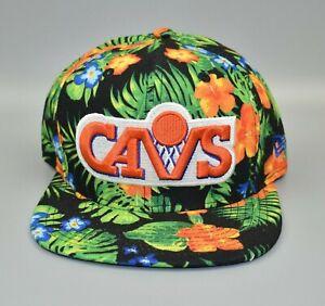Cleveland Cavaliers New Era 9FIFTY NBA Floral Adjustable Snapback Cap Hat