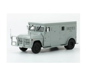 51 Chevrolet C-65 Armored Car Brinks IXO Service Vehicles Collection Brazil Ed