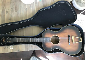 """Vintage Federated Teachers Service Corp. By Regal Parlor Guitar 37"""" W/ Case"""