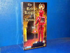 Revell-Monogram-1-8-6522-Red-Knight-of-Vienna-Plastic-Model-Kit-Figure