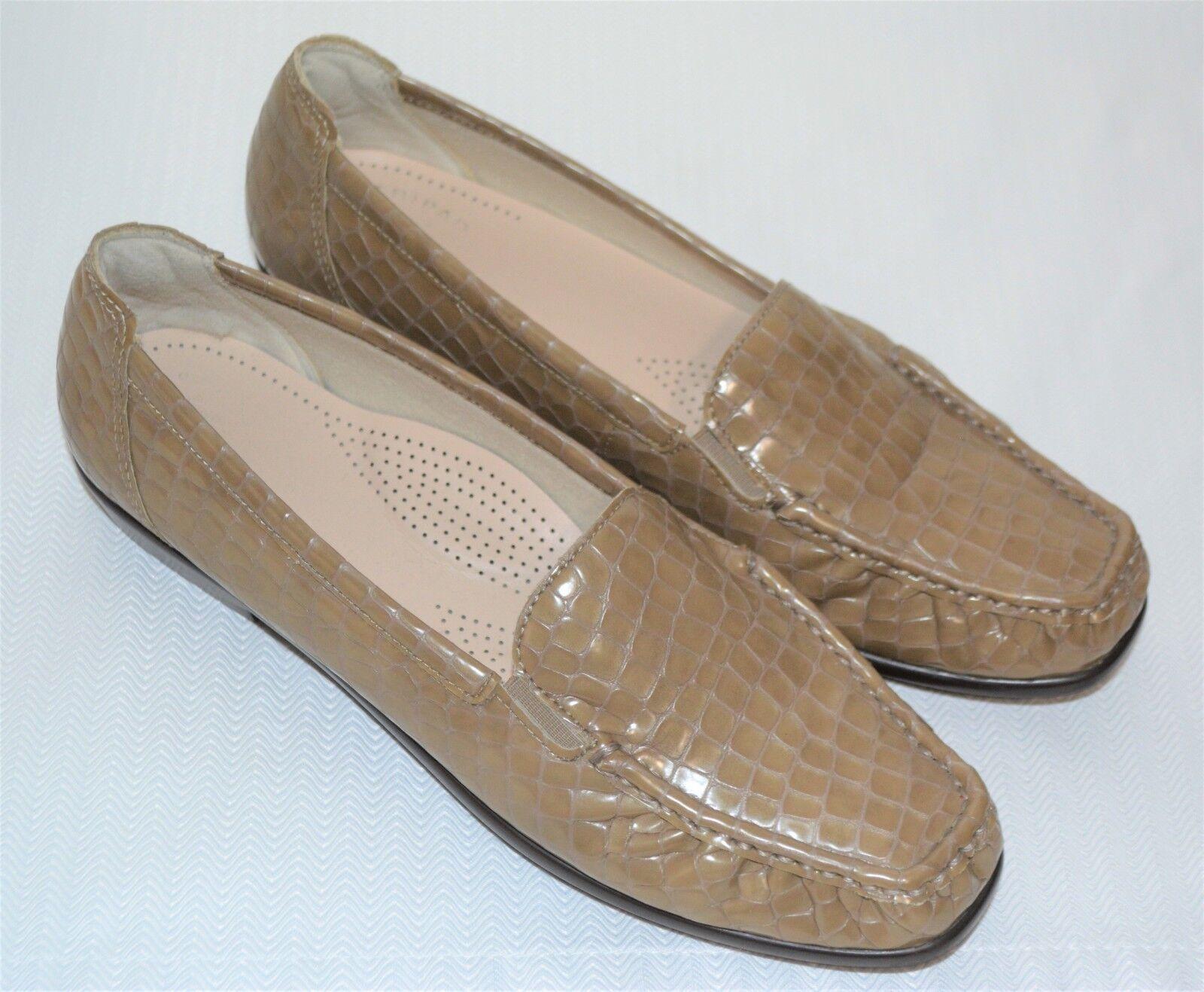 Womens SAS JOY Shoes Taupe Croc Slip On Loafers Flats Size 10 N Narrow