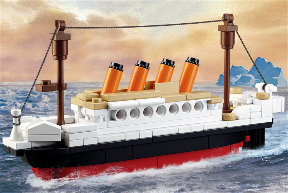 RMS Titanic ShipTitanic Boat 3D Model Educational Gift Toy 194PCS