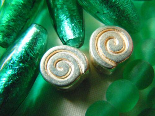 hermosas 3stk 10mm-joyas material! pequeños yelmos caracoles-perlas