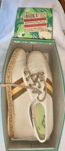 Vintage  JCPenney Sanitized Woman's Tennis Shoes S