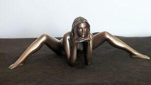 akt,figur,frau,25x9cm,aktfigur,skulptur,deko,bronziert,frauenakt,erotik,