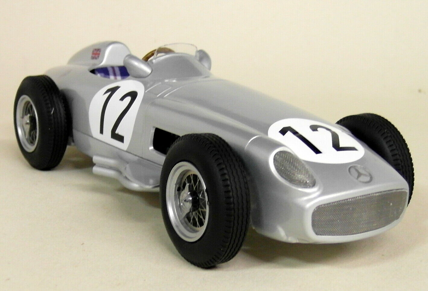 IScale 1 18 Scale S Moss Mercedes W196 F1 1955 Winner British GP Resin Model Car
