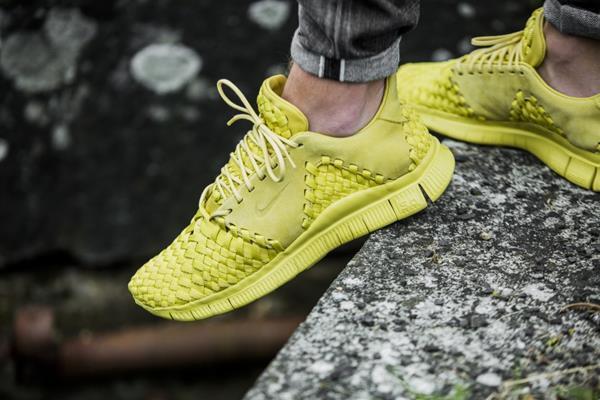 Nike Reino FREE INNEVA Tejido II Reino Nike Unido 8 US 9 apio amarillo SP Qs Flyknit Racer fd5fd2