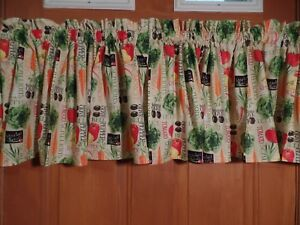 Tan-With-Colorful-Vegetables-Tomato-Carrot-Pepper-Handmade-Kitchen-VALANCES