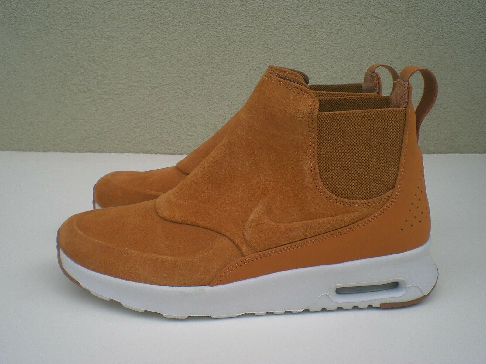 Nike Air Max Thea Mid Brown Women's Suede Leather Boots - SZ 6