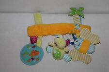 Supa Dino Schmetterling Kinderwagenkette Stofftier Mobile Babyschale Maxi Cosi