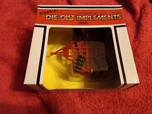 Ertl-Disc-Die-cast-implements-1-32