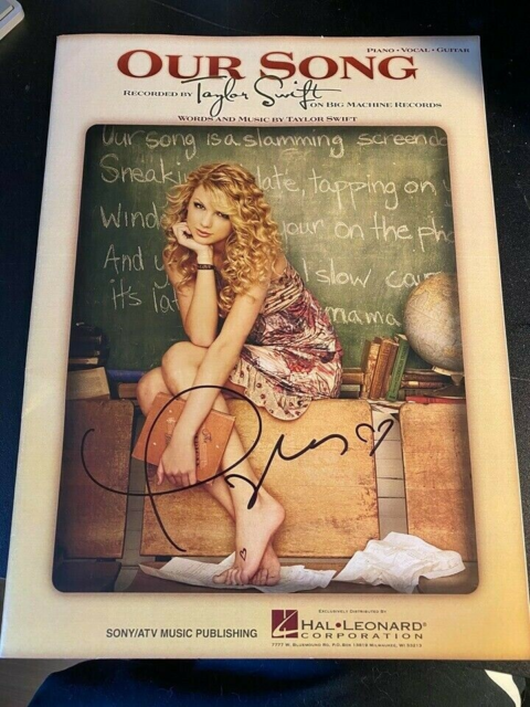 Autografer, Sangbog, Taylor Swift