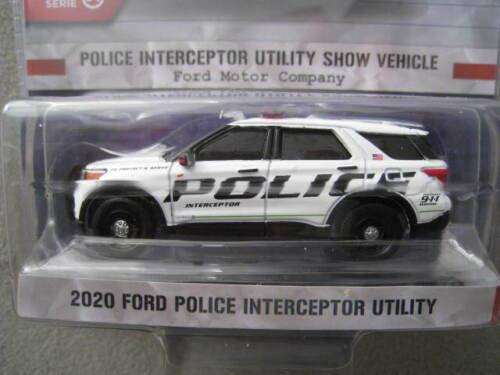 Ford Police Interceptor Utility Show Car  Hot Pursuit  Greenlight  1:64  OVP NEU