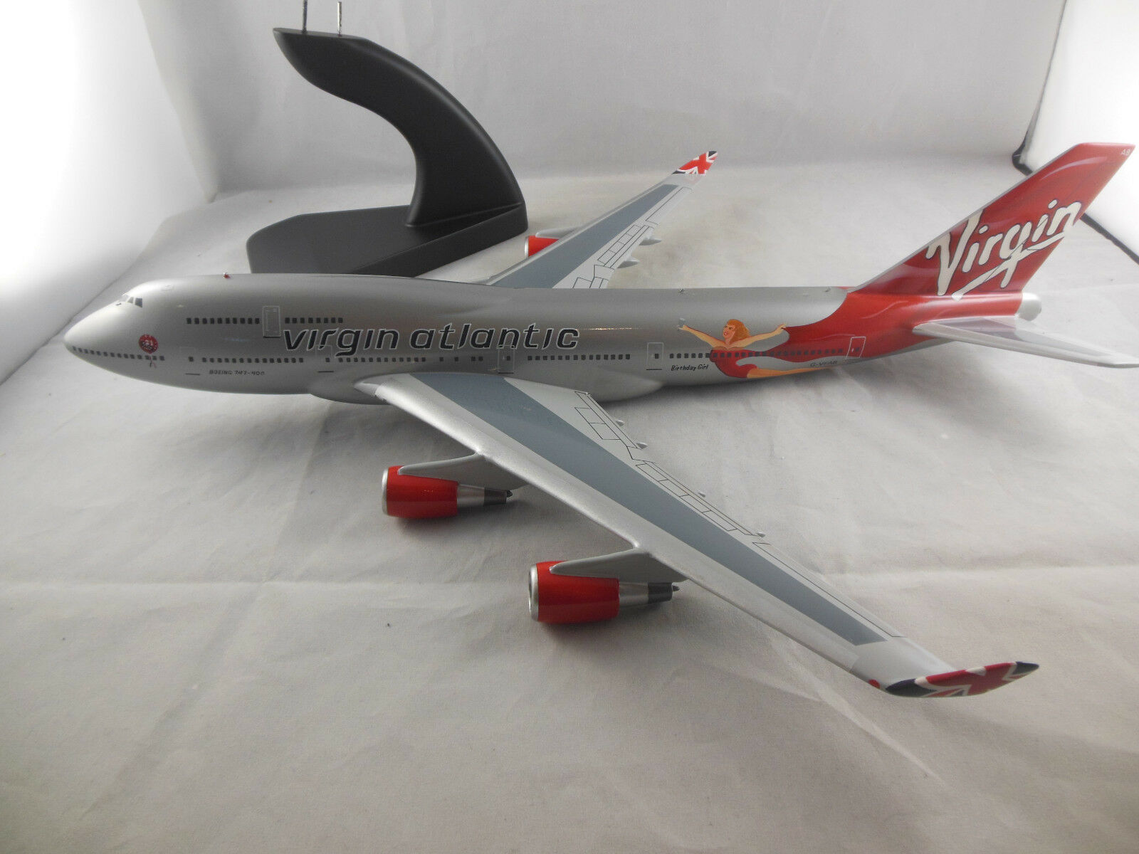 Bravo Delta Models No.142 Virgin Atlantic Boeing 747-400 Birthday Girl