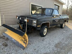 Old Plow Truck