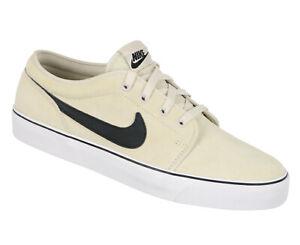 Detalles de Nike Toki bajo Zapatos de Diario Talla 9 Claro Orewood Marrón Blanco y Negro