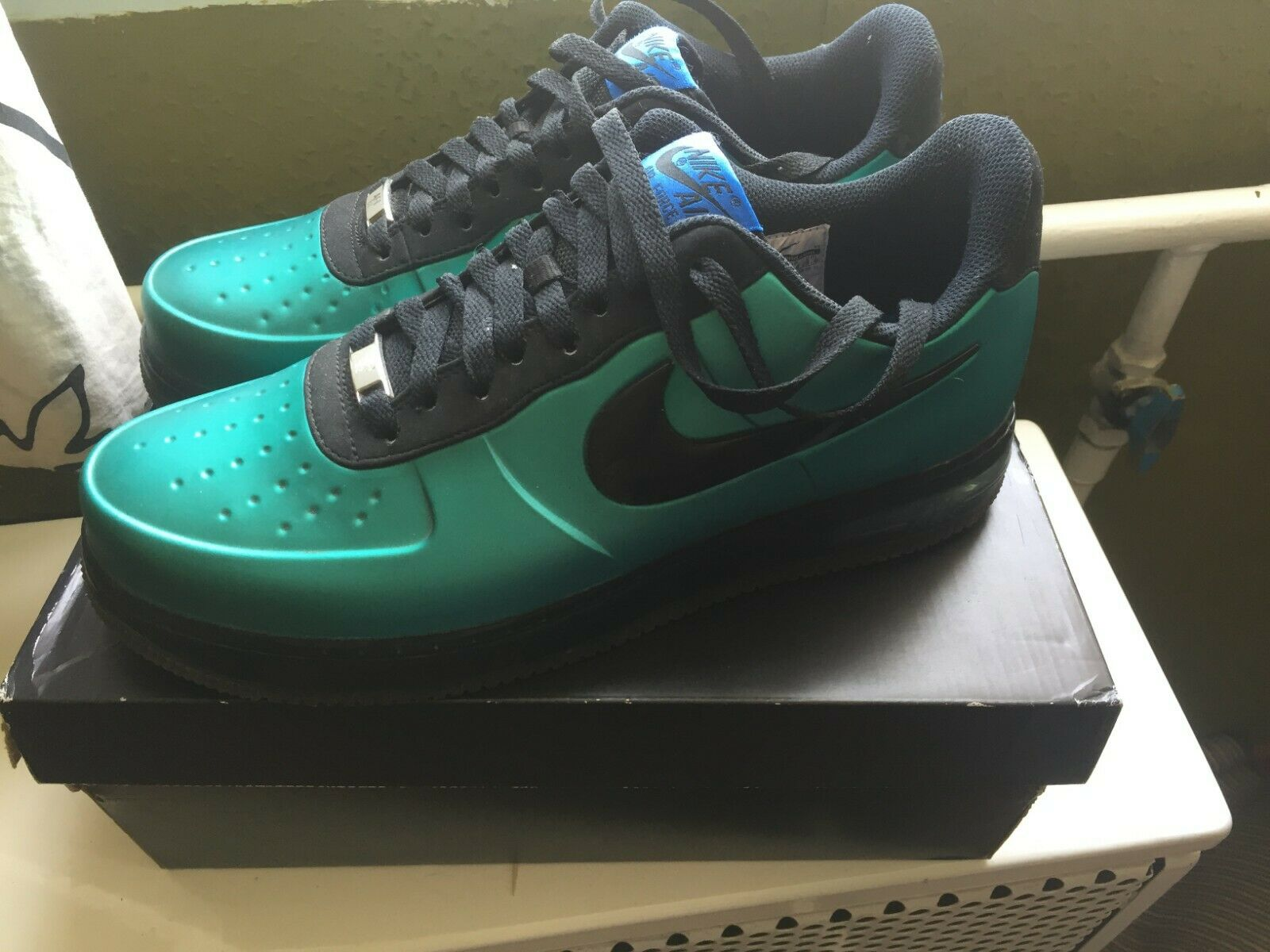 NIKE AIR FORCE 1 FOAMPOSITE PRO LOW   NEW GREEN  10.5 US 9.5UK