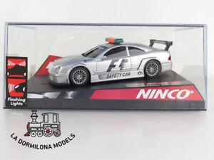 NINCO-50282-MERCEDES-BENZ-CLK-F1-SAFETY-CAR-SLOT-CAR-NUEVO